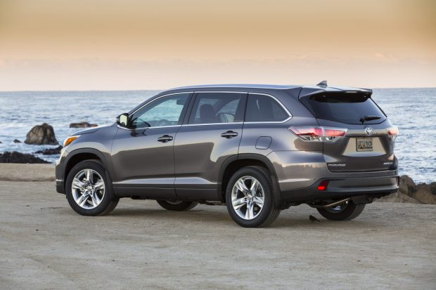 2014_Toyota_Highlander_Limited_Platinum_57