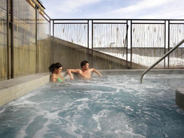 Hotel Terra hot tub
