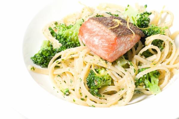 Parsley Pesto Pasta with Broccoli and Salmon