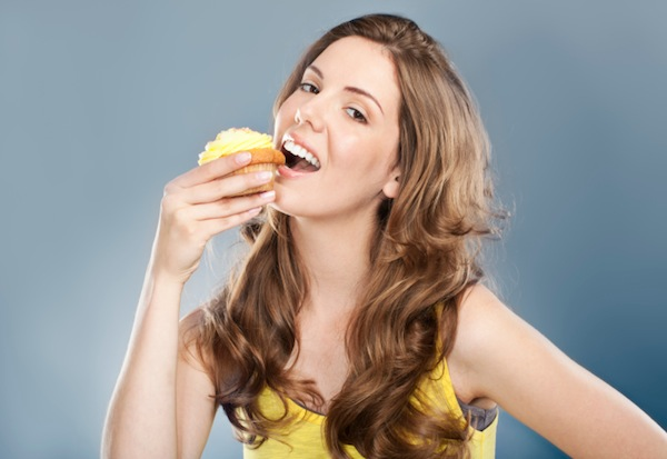 Put down that cupcake... time for smart snacking!