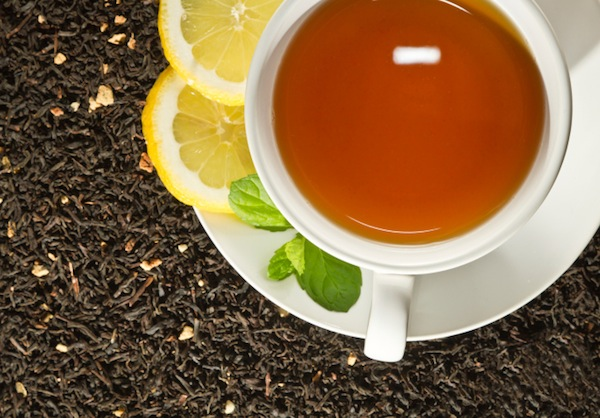 Drinking tea can help the holiday scales from tipping