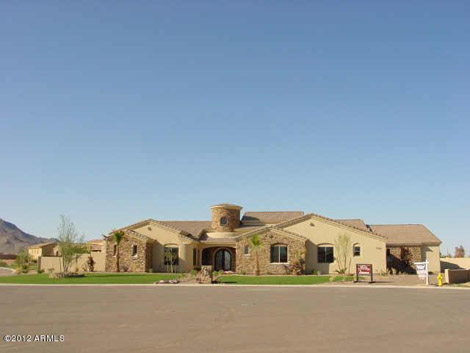 Queen Creek - Custom home in Gated Community of Cordova - 575000