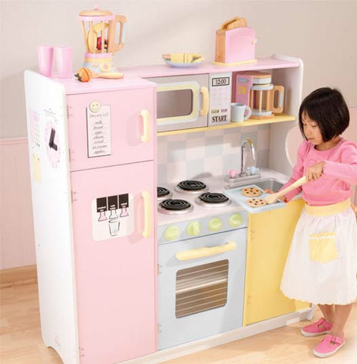 Kid friendly kitchens for Little girl kitchen playset